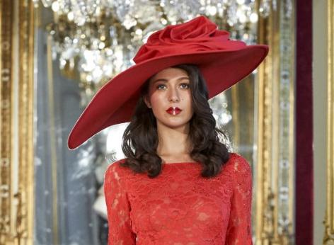 Paris Fashion Week: La Metamorphose AW19-20