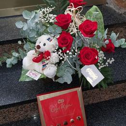 bouquet rosas, osito y bombones (opciona