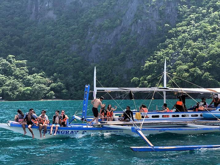 Palawan Boat.jpg
