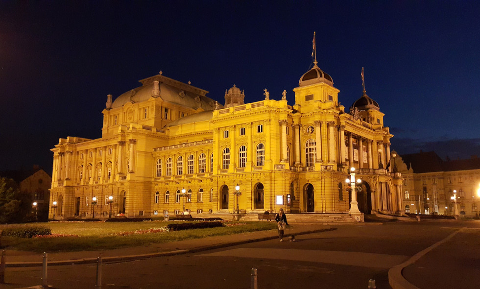 Croatian National Theatre by DRAGO Travel
