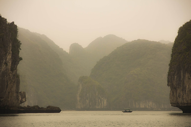 Travel Photography Vietnam karsts Halong Bay