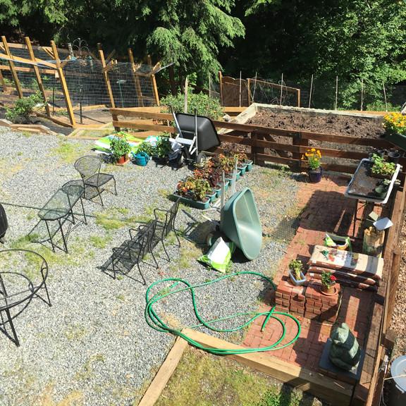 charlottesville va, garden and deck prep