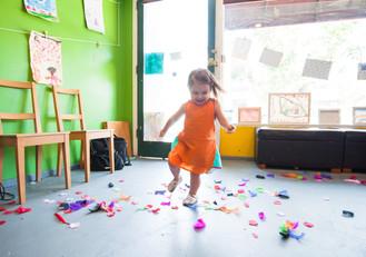 El temor de ir a la escuela—Ayuda para la ansiedad de separación de los preescolares