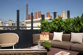 rayz-eiffel-rooftop-108560-1600-950-auto