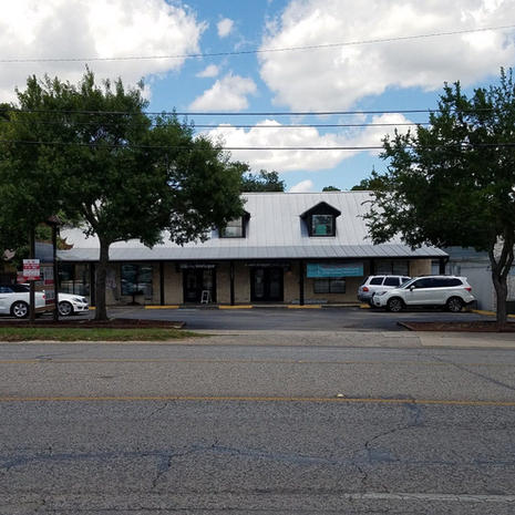 gallery-1109-S-Main-front-2017-2000-1920