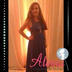 Cliente Alinna fica vem vestida em qyalq