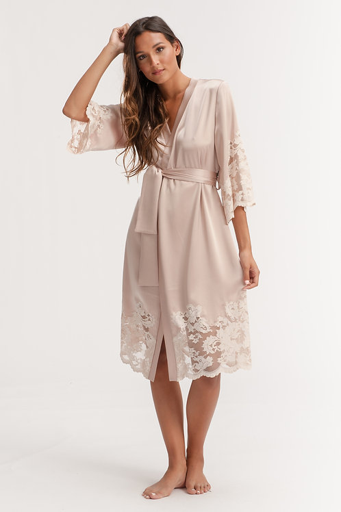 Loungewear Robe with Belt in Champagne