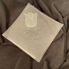 Clear Tulip Plate