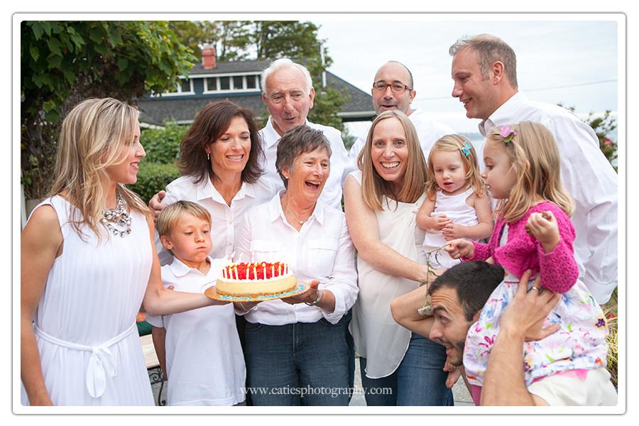 multi generation family photographer 98110