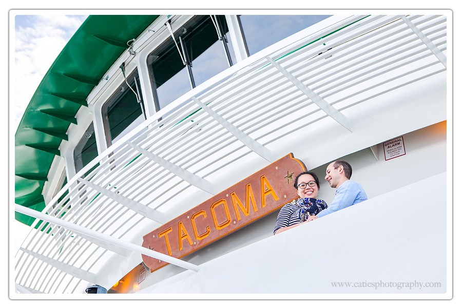 washington state ferry engagement session