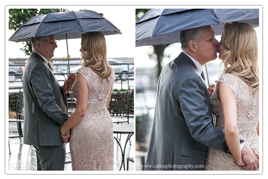 rain-seattle-wedding