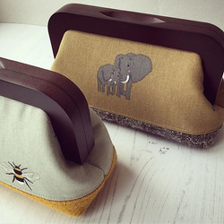 The Wooden Frame Clutch