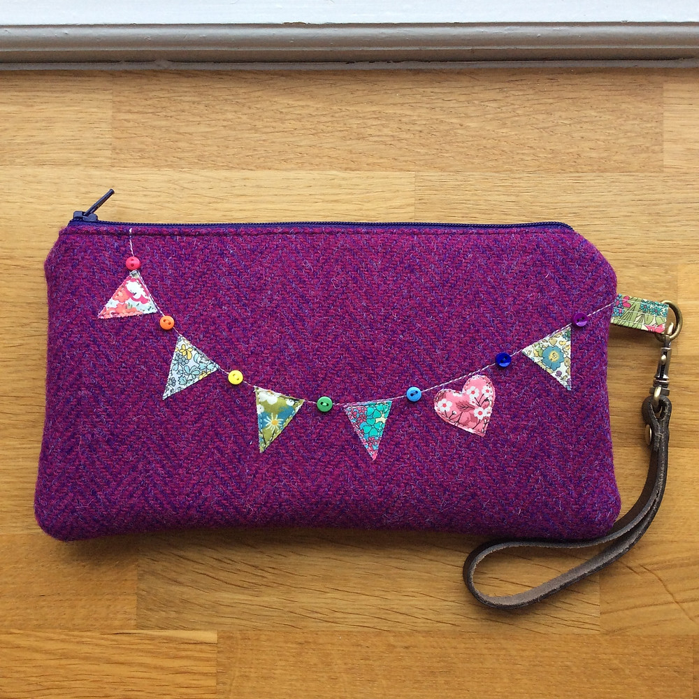 pink tweed bunting purse.jpg