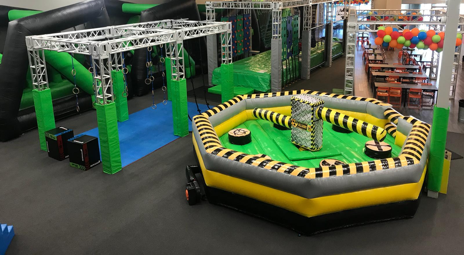 Obstacle Courses Indoors (Closed)