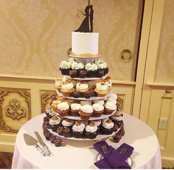 Custom Wedding Cake and Cupcakes