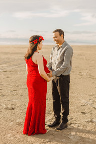 Oreti Beach maternity photos at sunset in Invercargill