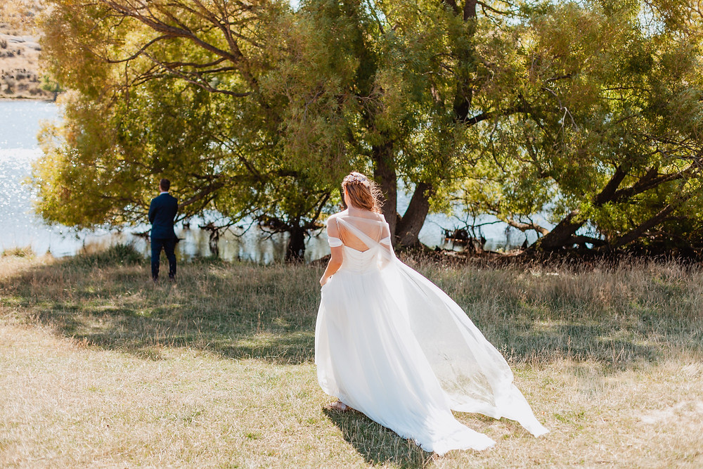 Wedding Day Photos at Conroys Dam in Alexandra