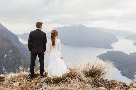Fiordland helicopter elopement