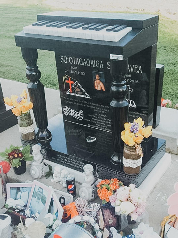 Piano Headstone in Invercargill