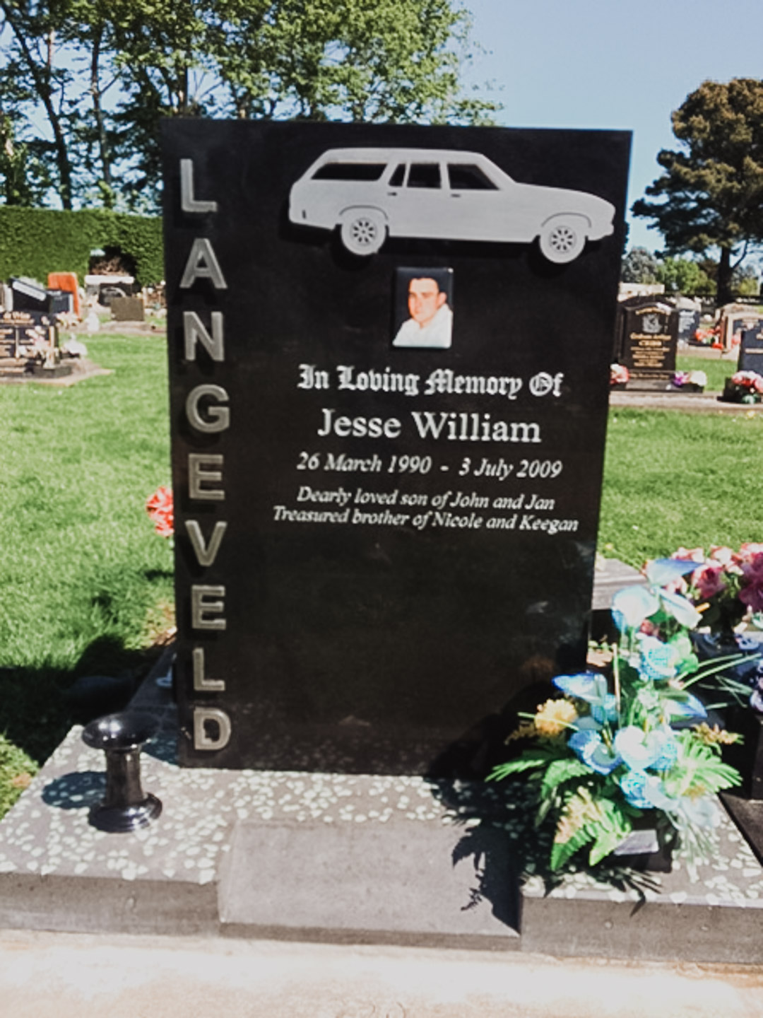 Car Themed Headstone in Invercargill