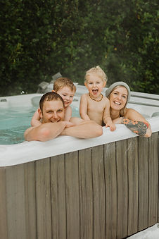 Hot tub family photos