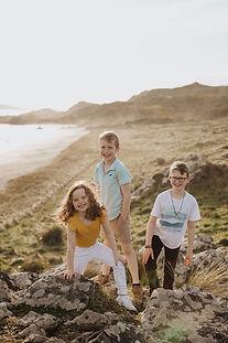 riverton-family-photos-on-the-beach.jpg