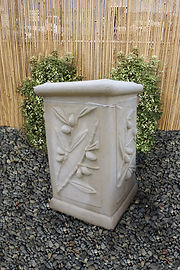 Stone pots and planters in Invercargill
