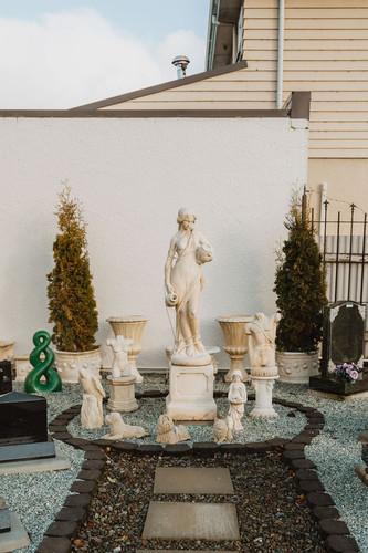 Headstones and Garden Statues in Invercargill