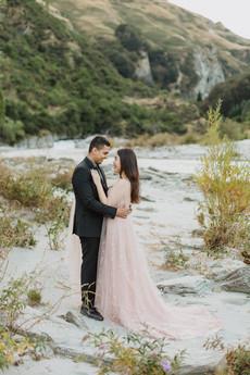 Queenstown pre wedding photos at Moke Lake, the Arrow River and Coronet Peak