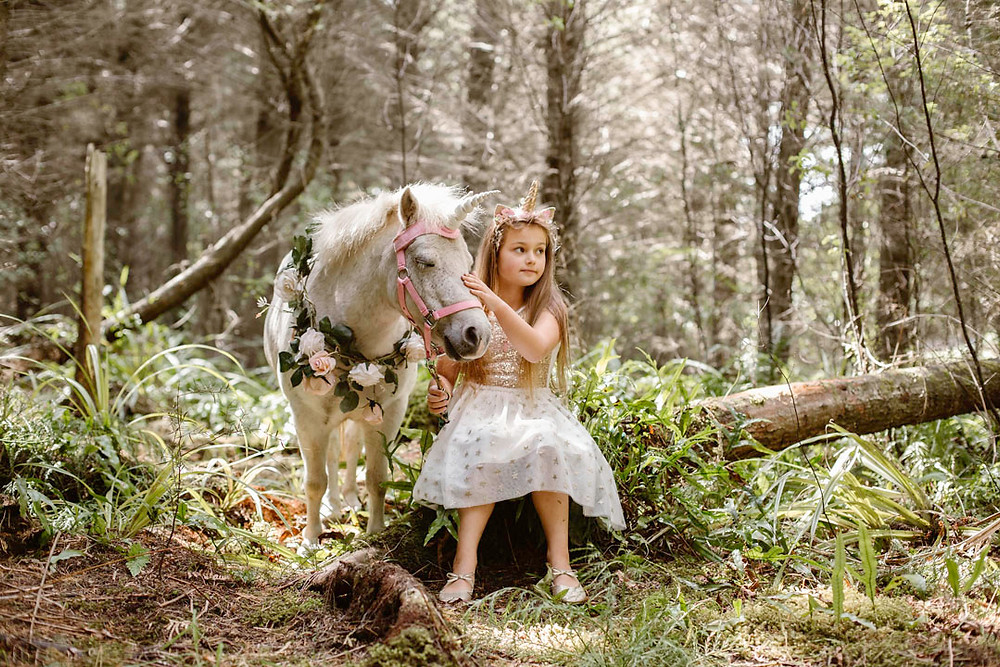 Unicorn photos sessions in Invercargill, New Zealand