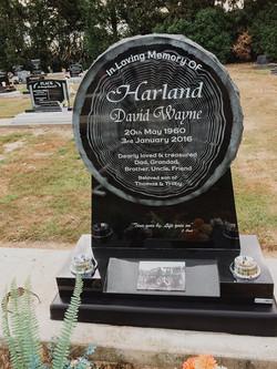 Round Headstone in Invercargill