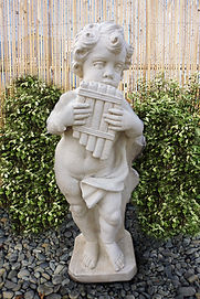 Angel and Cherub garden statues in Invercargill