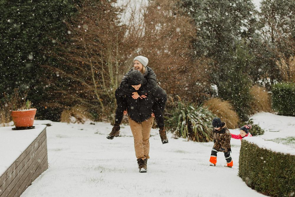 Invercargill snowstorm family photos