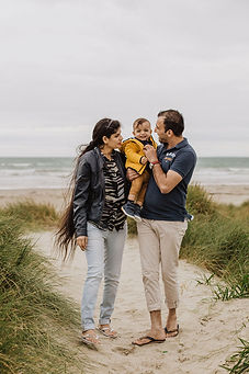 oreti-beach-invercargill-family-photos.j