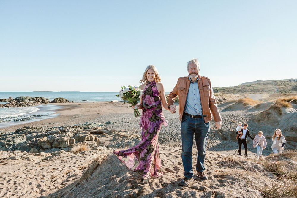 Riverton beach elopement, Southland - New Zealand