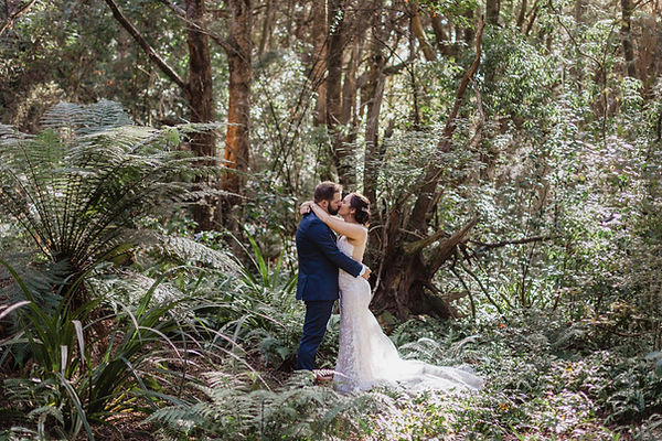 Sandy Point wedding photos in Invercargill