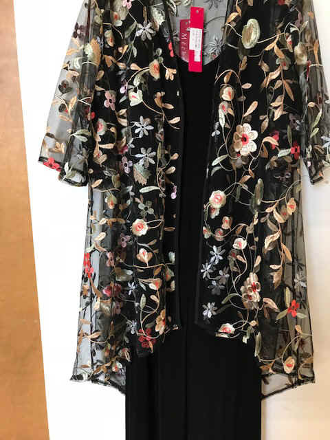 MCT 924 Embroidered Lace Duster Coat