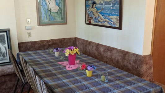 Additional dining space