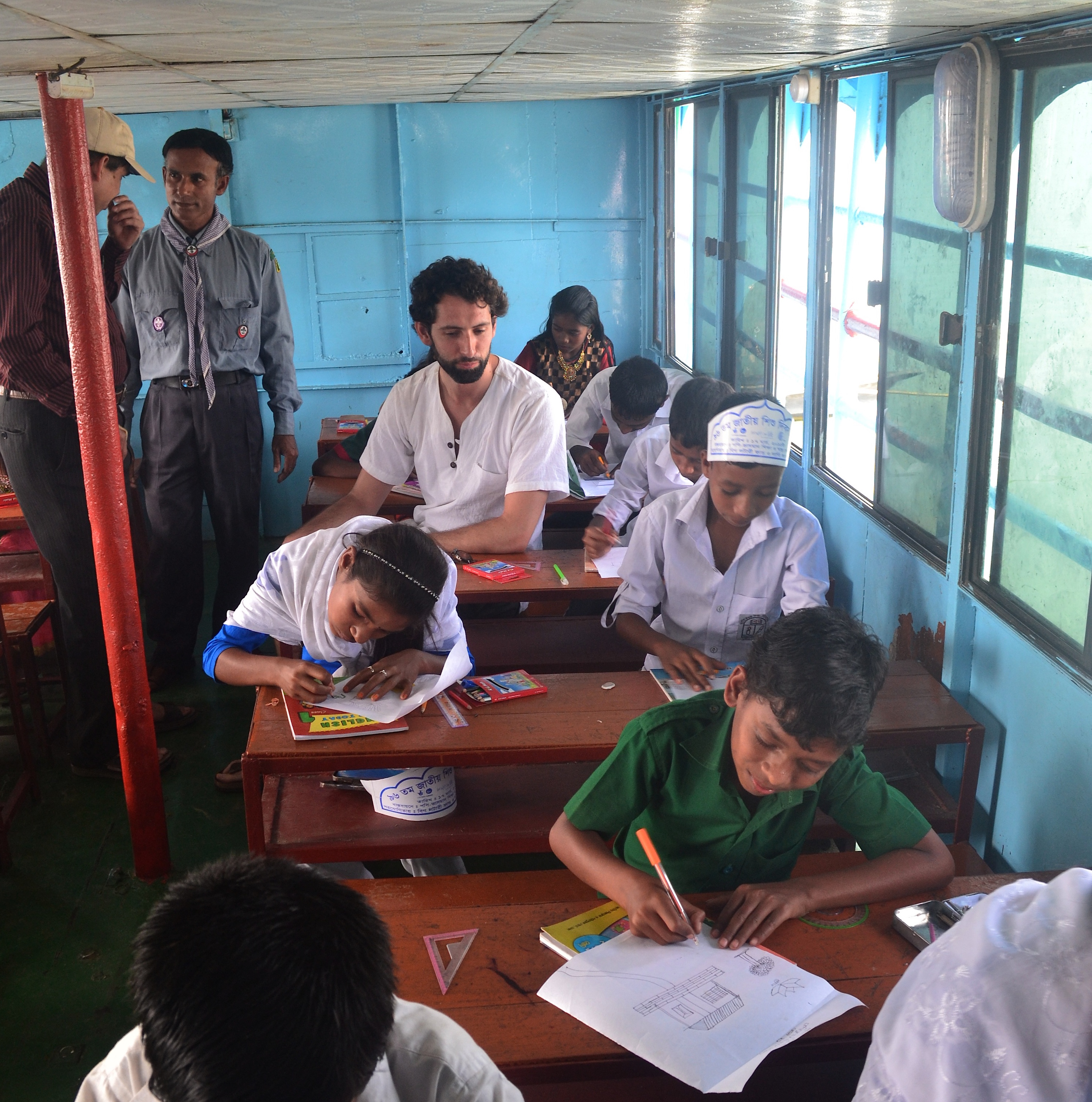 Monitoring a Floating School Class