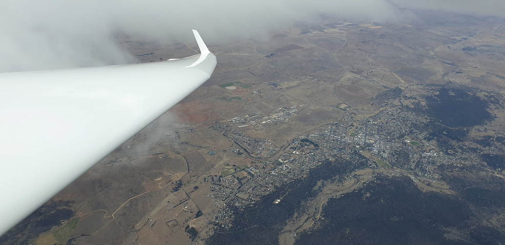 TC photo: Over Cooma in wave, 15 Sep
