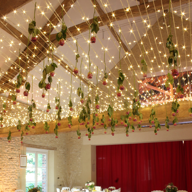 plafond-lumineux-location-fleuriste-deco