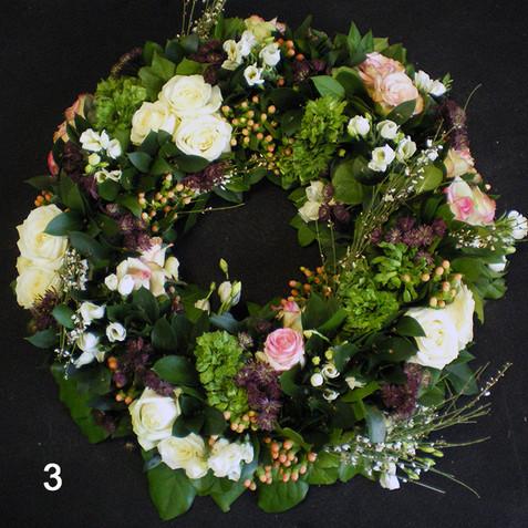 3-couronne-fleurs-livraison-appoigny.jpg
