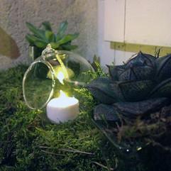 Boule à poser ou suspendre et bougie LED