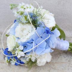 bouquet-mariee-fleuriste-yonne.jpg