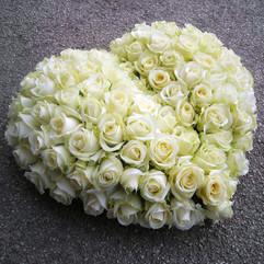 coeur-fleurs-obseque-livraison-moneteau.
