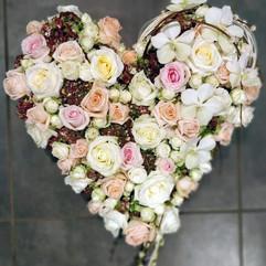 coeur-fleurs-deuil-livraison-pompes-fune