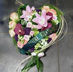 coeur-fleurs-deuil-livraison-moneteau.jp