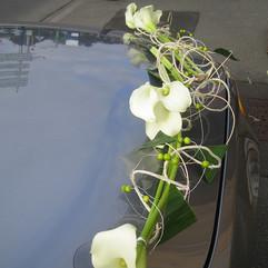 capot-voiture,fleuriste-mariage,auxerre.