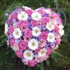 coeur-fleurs-deuil-livraison-gurgy.jpg