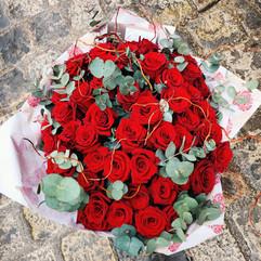 bouquet de grandes roses rouges.jpg